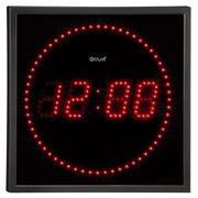 Elektrische klok met LED-weergave.